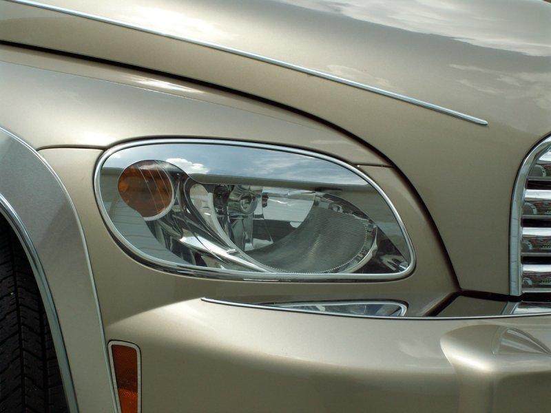Acc 2006 2010 Chevy Hhr Chrome Headlight Eyelid Trim Ring