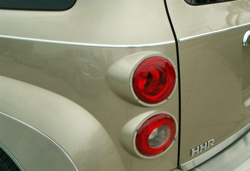 Acc 2006 2010 Chevy Hhr Chrome Tail Amp Reverse Light Trim
